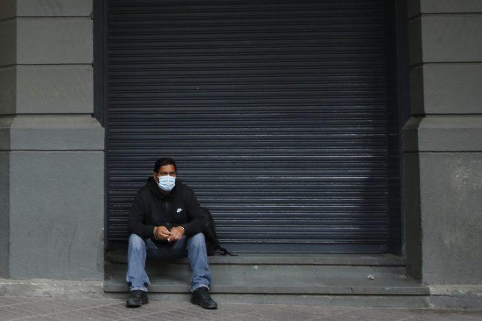 Impacto de la segunda ola en el mercado laboral: desempleo en Chile subió al 10,4 % hasta marzo
