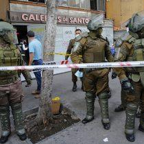 Balacera se registró en el centro de Santiago tras robo de joyerías: un locatario resultó herido