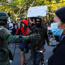 Manifestaciones frente a residencia de Sename en Providencia tras acusaciones de maltrato infantil