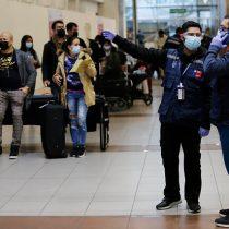 Viajeros acusaron aglomeración en aeropuerto tras acabarse cupos en hoteles de tránsito