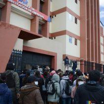 Padres piden justicia tras la tragedia en universidad de Bolivia