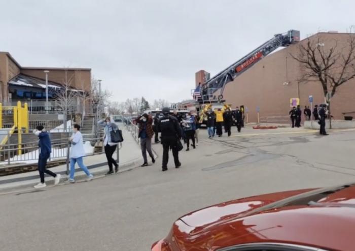 Reportan tiroteo en supermercado de Colorado, Estados Unidos: hubo heridos