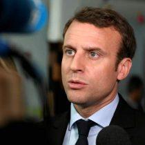 """Macron pide a Irán """"gestos claros"""" sin tardanza para retomar diálogo por pacto nuclear"""