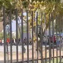 Sin mascarillas ni distanciamiento: Carabineros detiene a 17 personas por fiesta en el anfiteatro del Parque Bustamante