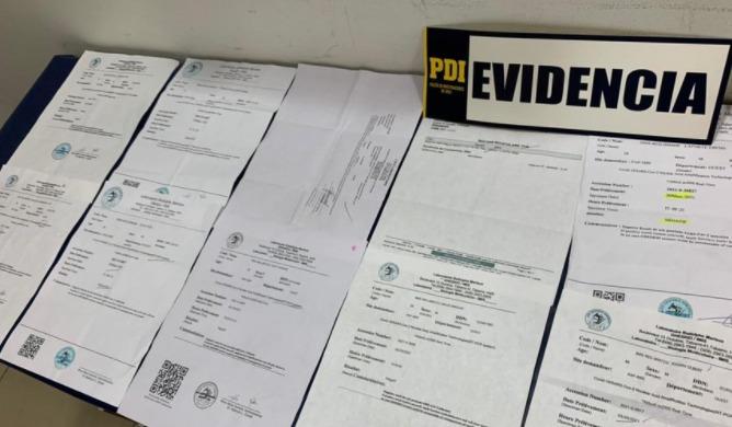 Gobierno expulsará del país a 22 extranjeros que ingresaron a Chile con exámenes PCR falsos