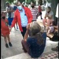 """""""Actué como cualquier sanfelipeño que veía cómo se destruía la pileta"""": video delata al alcalde abofeteando a una persona"""