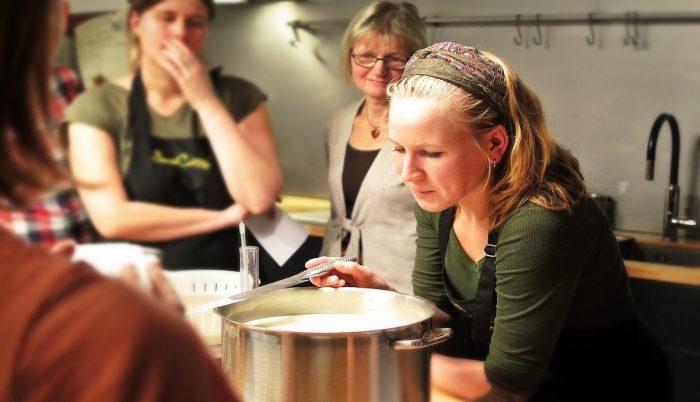 Es urgente reducir la brecha de género en gastronomía