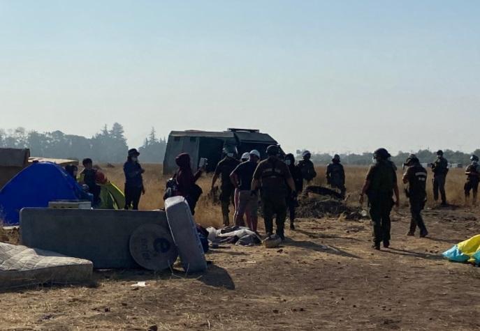 Pobladores acusaron abuso de poder: Carabineros desalojó toma en Renca