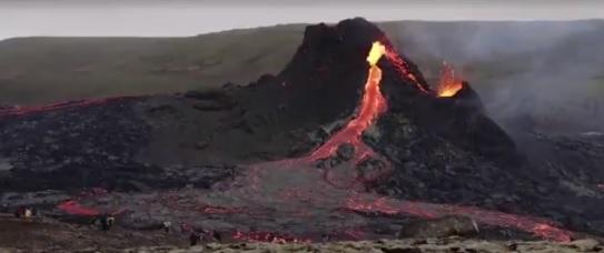 Investigadores nortinos elaboran primer mapa de riesgo volcánico en Chile