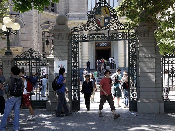 Ingresa por primera vez una mujer como el mejor puntaje a Ingeniería de la U. de Chile
