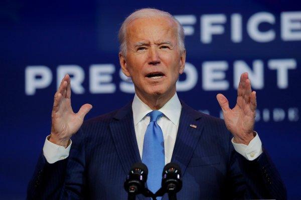 """Biden dice concordar con que Vladimir Putin es un """"asesino"""""""