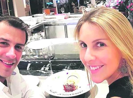 Esposa del ministro Rodrigo Delgado es internada en el Hospital Clínico de la FACh debido a un cuadro respiratorio