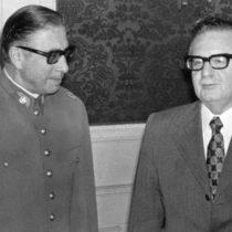 """""""Una vida tantas veces vivida"""": La novela que hace conversar a Salvador Allende y Augusto Pinochet"""