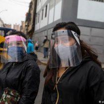 COVID-19: Perú impone uso obligatorio de dos mascarillas