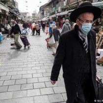 Los israelíes, aliviados, salen a la calle sin mascarilla