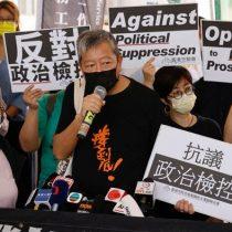Condenan en Hong Kong a nueve veteranos activistas prodemocracia