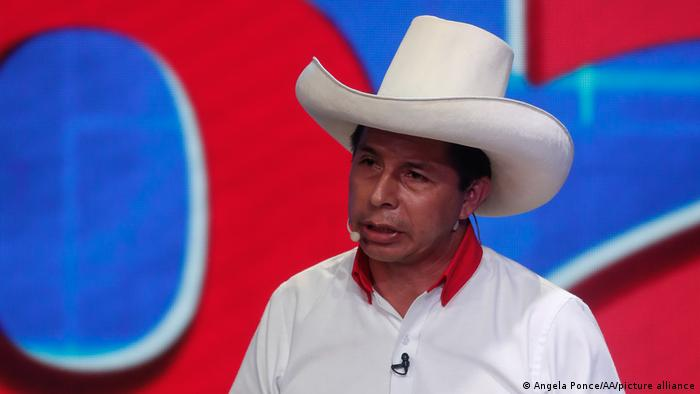 Perú: encuesta da 11 puntos de ventaja a Castillo sobre Fujimori