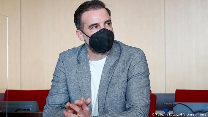 Exfutbolista alemán Cristoph Metzelder es condenado por pornografía infantil