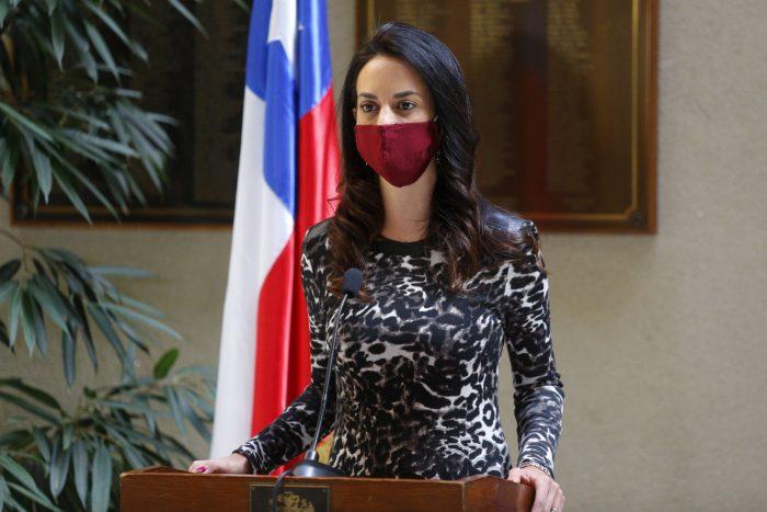 Diputada Paulina Núñez (RN) pide al Minsal ampliar espectro de edad de vacunación por una semana para contrarrestar baja en participación del proceso