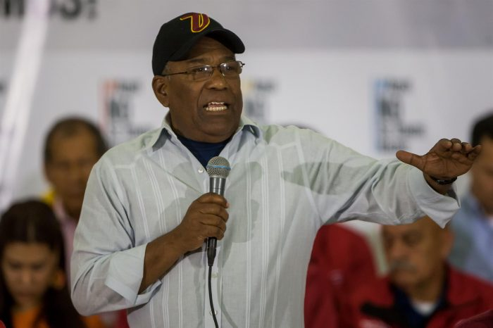 Fallece el ministro de Educación de Venezuela, Aristóbulo Istúriz