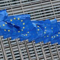 Unión Europea denuncia a AstraZeneca por incumplimiento del suministro de vacunas