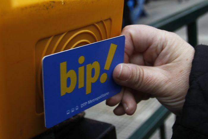 Senado despacha a ley proyecto que extiende vigencia de los saldos de las tarjetas Bip: ya no caducarán por no uso