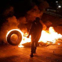Tercer retiro del 10% al TC: reportan barricadas en distintas comunas del país