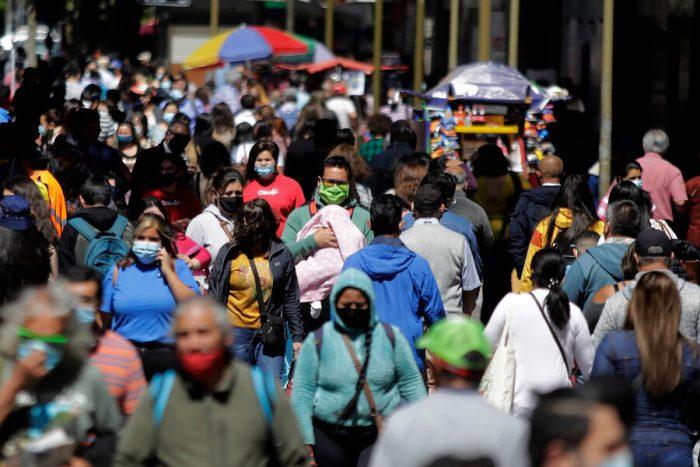 Informe DEIS: Chile supera los 32 mil fallecidos asociados al Covid-19 y pone foco en seis regiones del sur que ya superaron muertes registradas en todo 2020