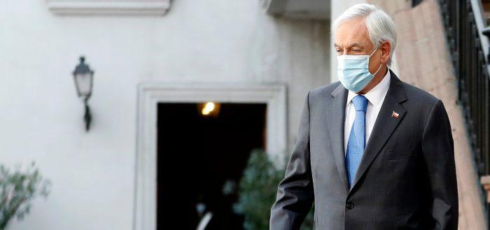 Presidente Piñera sin margen ni piso político: desde todos los flancos le piden rectificar rumbo y llegar a acuerdos para sortear los 10 meses que le quedan en La Moneda
