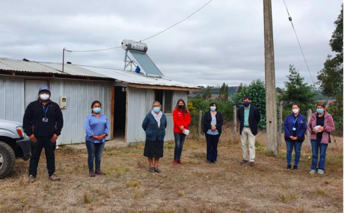 Comunidad indígena de Nueva Imperial implementó sistema de paneles solares para la provisión de agua caliente