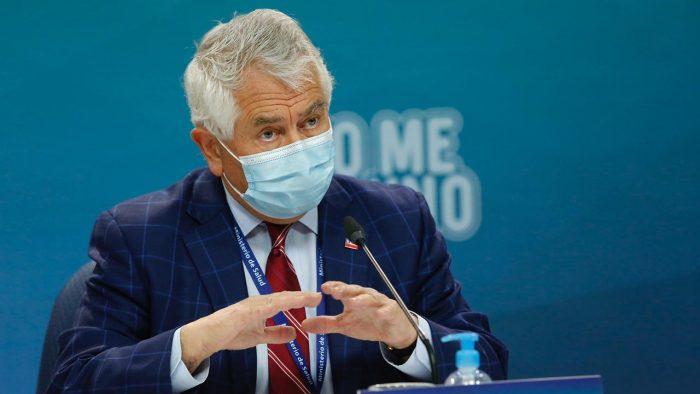 """Director de Chile 21: """"Paris no está apto para seguir con la vocería de esta crisis, transforma el balance del Covid-19 en un ring político"""""""