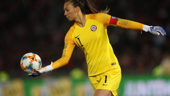 """Christiane Endler tras histórica clasificación de La Roja femenina a los JJ.OO.: """"Estamos demostrando que la mujer chilena es fuerte, capaz, deportista"""""""