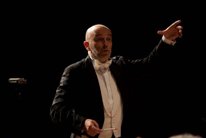 Clases virtuales de canto lírico en Teatro Municipal