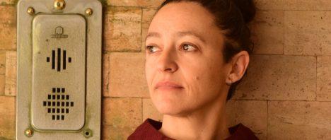 """Lina Meruane en Cita de libros: """"Zona ciega"""", una revisión de la ceguera desde la crónica política, la literatura y el relato biográfico"""