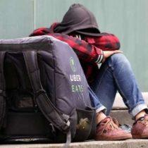 """Investigador de la U. Austral que participó en último informe de la OIT: """"La pandemia ha visibilizado aún más la precariedad en que están los trabajadores de apps"""""""
