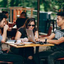 """Empresas fortalecen el """"salario emocional"""" para atraer a nuevos talentos"""