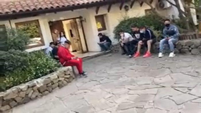 Detienen a 10 personas en fiesta clandestina realizada en Peñalolén: entre ellos se encuentra propietario de sello musical