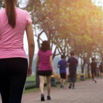¿Es realmente necesario dar 10.000 pasos al día?
