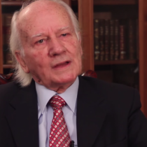 Homenaje al doctor Alejandro Goic