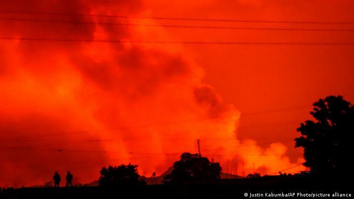 Evacúan una ciudad congolesa por erupción de volcán Nyiragongo