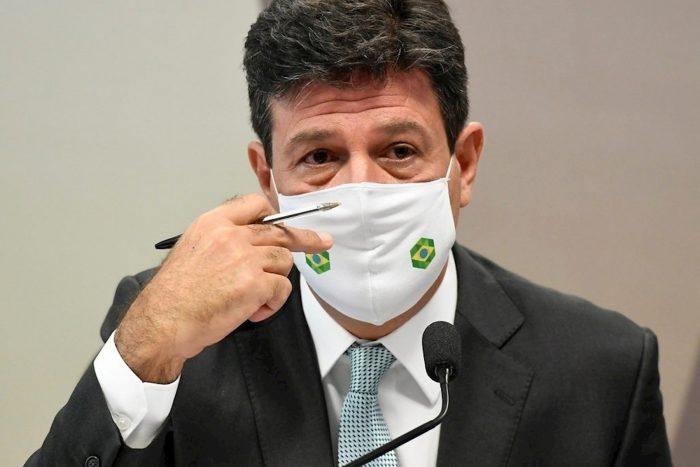 Exministro de Salud afirma que Bolsonaro ignoró las alertas sobre la gravedad del covid-19