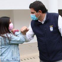 Gustavo Alessandri apuesta por un sello verde y triplica presupuesto en materias de sustentabilidad en Zapallar y Catapilco