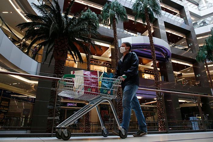 Dirección del Trabajo suspendió a 50 locales comerciales que no respetaron el feriado irrenunciable durante elecciones