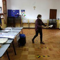 Lentitud en instalación de mesas marca mega elección: se alcanzó 94% recién pasadas las 10:30 de la mañana