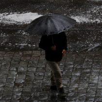 Granizos y tormenta eléctrica: los registros que ha dejado el sistema frontal en Santiago