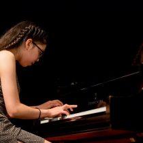 """Bárbara Sanhueza, joven prodigio del piano nacional: """"Siempre he sentido falta de apoyo de la sociedad"""""""