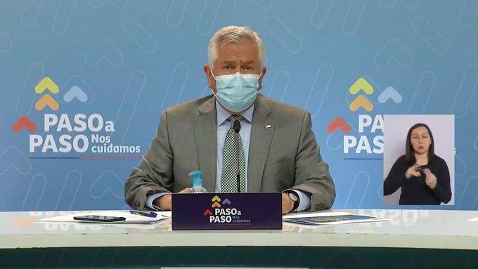 Ad portas de las elecciones: Santiago sale de cuarentena tras 53 días junto a otras 19 comunas en el país y Minsal asegura medidas sanitarias para doble jornada de votación