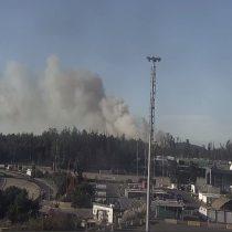 Incendio forestal en Reserva Lago Peñuelas: decretan alerta roja para Valparaíso