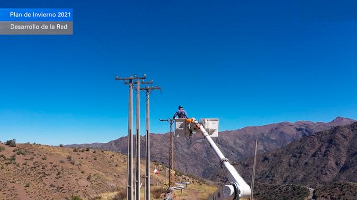 Presentan Plan de Invierno para el sistema eléctrico de la Región Metropolitana