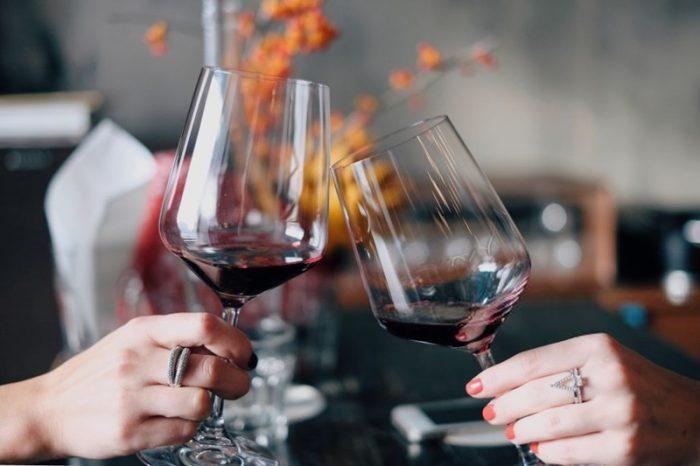 Las mejores cepas de vino para celebrar a mamá